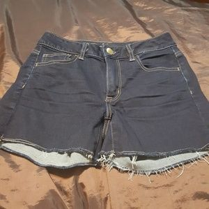 American Eagle Outfitters high rise shortie size 4